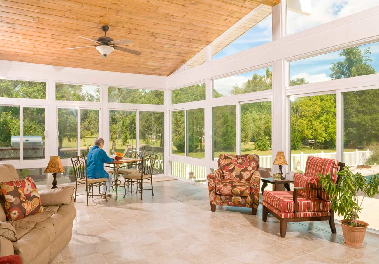 Points to Check Out While Hiring Sunroom Contractors