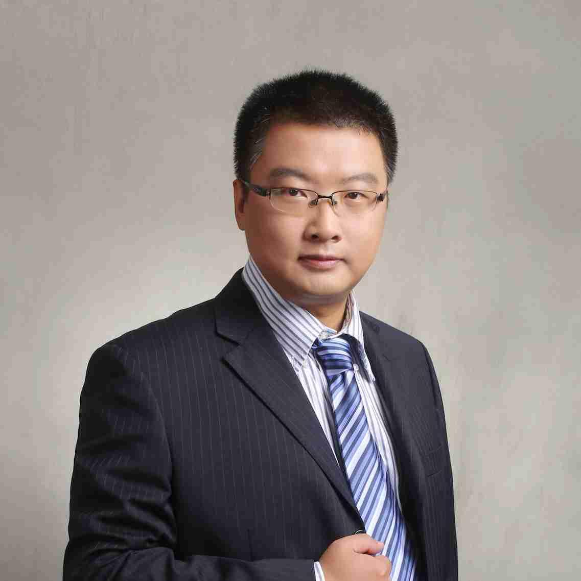 Weihua Huang