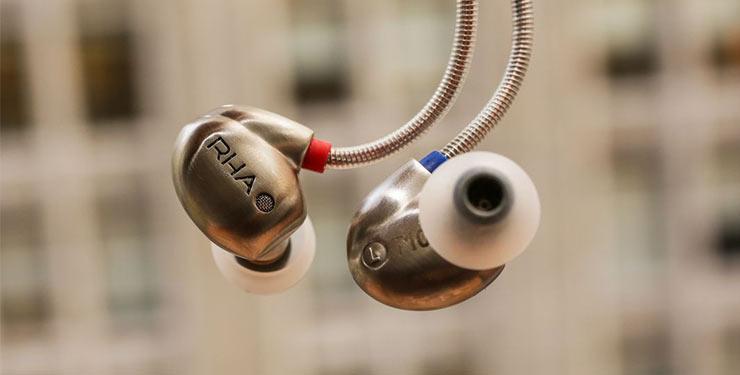 Most durable earbuds 2017 10 best in ear headphones